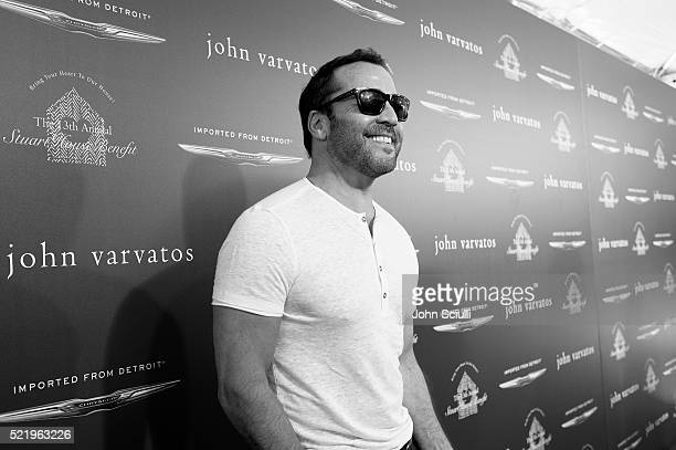 Actor Jeremy Piven attends the John Varvatos 13th Annual Stuart House benefit presented by Chrysler with Kids' Tent by Hasbro Studios at John...
