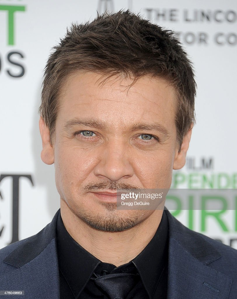 Actor <a gi-track='captionPersonalityLinkClicked' href=/galleries/search?phrase=Jeremy+Renner&family=editorial&specificpeople=708701 ng-click='$event.stopPropagation()'>Jeremy Renner</a> arrives at the 2014 Film Independent Spirit Awards on March 1, 2014 in Santa Monica, California.