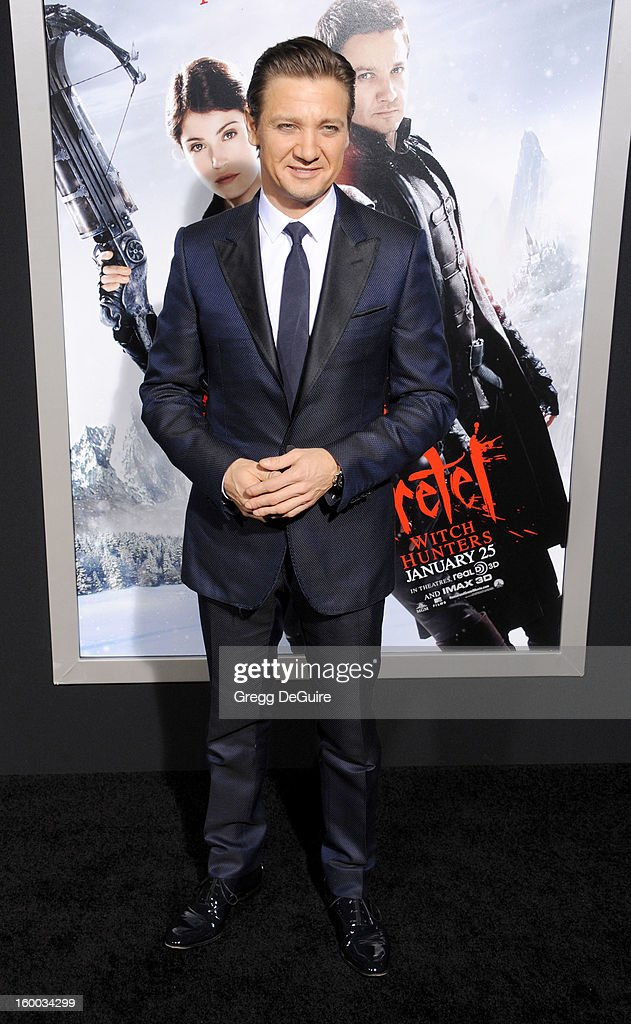 Actor Jeremy Renner arrives at the 'Hansel & Gretel: Witch Hunters' Los Angeles premiere at TCL Chinese Theatre on January 24, 2013 in Hollywood, California.