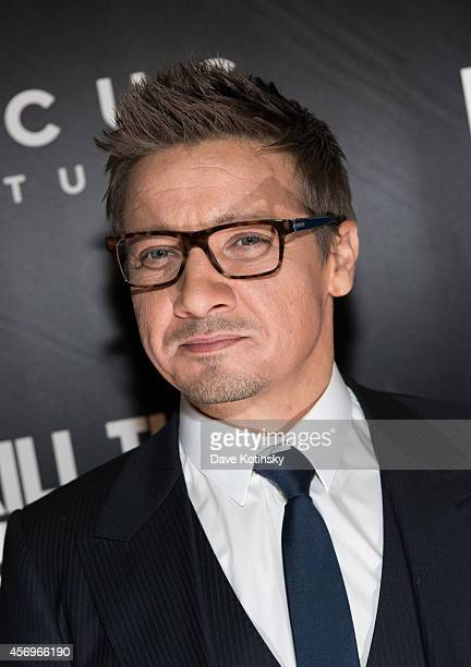 Actor Jeremy Renner arrives at the 'Kill The Messenger' New York Screening at Museum of Modern Art on October 9 2014 in New York City