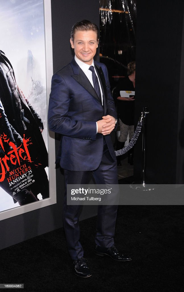 Actor <a gi-track='captionPersonalityLinkClicked' href=/galleries/search?phrase=Jeremy+Renner&family=editorial&specificpeople=708701 ng-click='$event.stopPropagation()'>Jeremy Renner</a> arrives at the premiere of the movie 'Hansel And Gretel Witch Hunters' at TCL Chinese Theatre on January 24, 2013 in Hollywood, California.