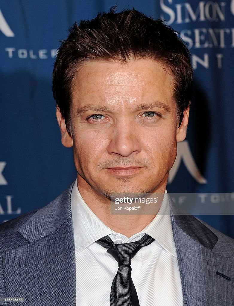 Actor <a gi-track='captionPersonalityLinkClicked' href=/galleries/search?phrase=Jeremy+Renner&family=editorial&specificpeople=708701 ng-click='$event.stopPropagation()'>Jeremy Renner</a> arrives at the Simon Wiesenthal Center Annual National Tribute Dinner Honoring Tom Cruise at the Beverly Wilshire Four Seasons Hotel on May 5, 2011 in Beverly Hills, California.