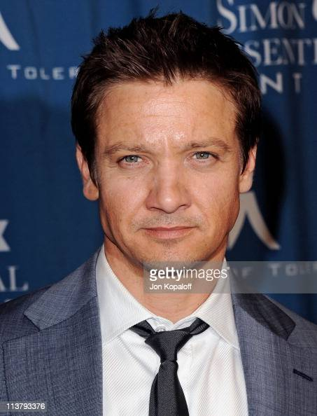 Actor Jeremy Renner arrives at the Simon Wiesenthal Center Annual National Tribute Dinner Honoring Tom Cruise at the Beverly Wilshire Four Seasons...