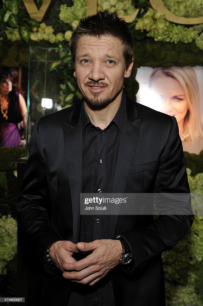 Actor <a gi-track='captionPersonalityLinkClicked' href=/galleries/search?phrase=Jeremy+Renner&family=editorial&specificpeople=708701 ng-click='$event.stopPropagation()'>Jeremy Renner</a> attends 'Decades of Glamour' presented by BVLGARI on February 25, 2014 in West Hollywood, California.