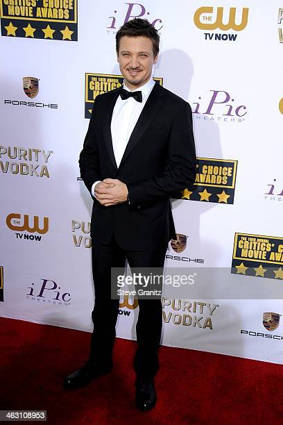 Actor Jeremy Renner attends the 19th Annual Critics' Choice Movie Awards at Barker Hangar on January 16 2014 in Santa Monica California