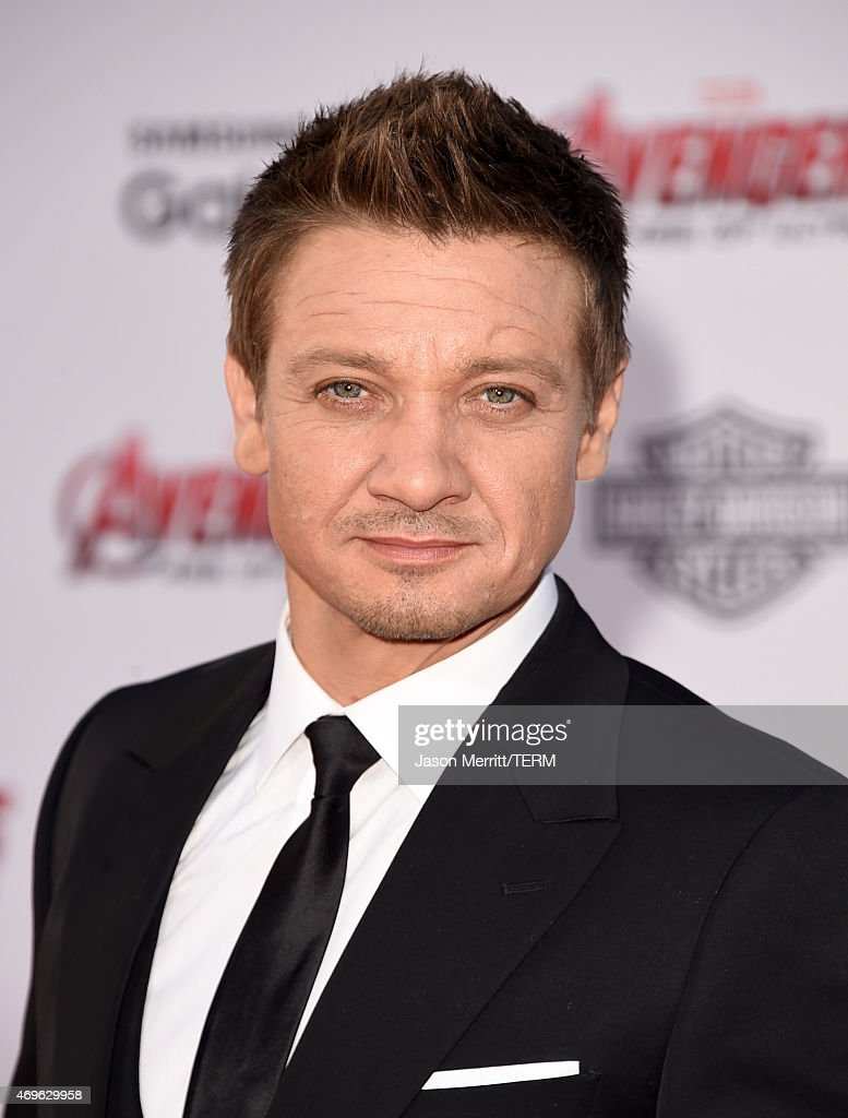 Actor <a gi-track='captionPersonalityLinkClicked' href=/galleries/search?phrase=Jeremy+Renner&family=editorial&specificpeople=708701 ng-click='$event.stopPropagation()'>Jeremy Renner</a> attends the premiere of Marvel's 'Avengers: Age Of Ultron' at Dolby Theatre on April 13, 2015 in Hollywood, California.