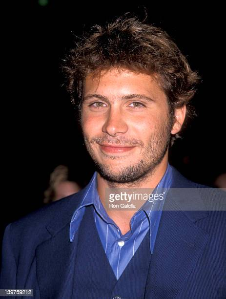 Actor Jeremy Sisto attends the premiere of 'Without Limits' on June 8 1998 at Mann Village Theater in Westwood California