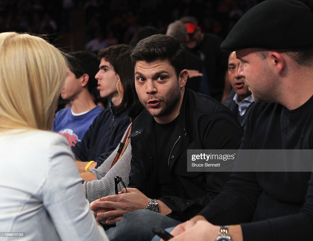 Actor <a gi-track='captionPersonalityLinkClicked' href=/galleries/search?phrase=Jerry+Ferrara&family=editorial&specificpeople=215494 ng-click='$event.stopPropagation()'>Jerry Ferrara</a> of Entourage attends the game between the New York Knicks and the Chicago Bulls at Madison Square Garden on December 21, 2012 in New York City.