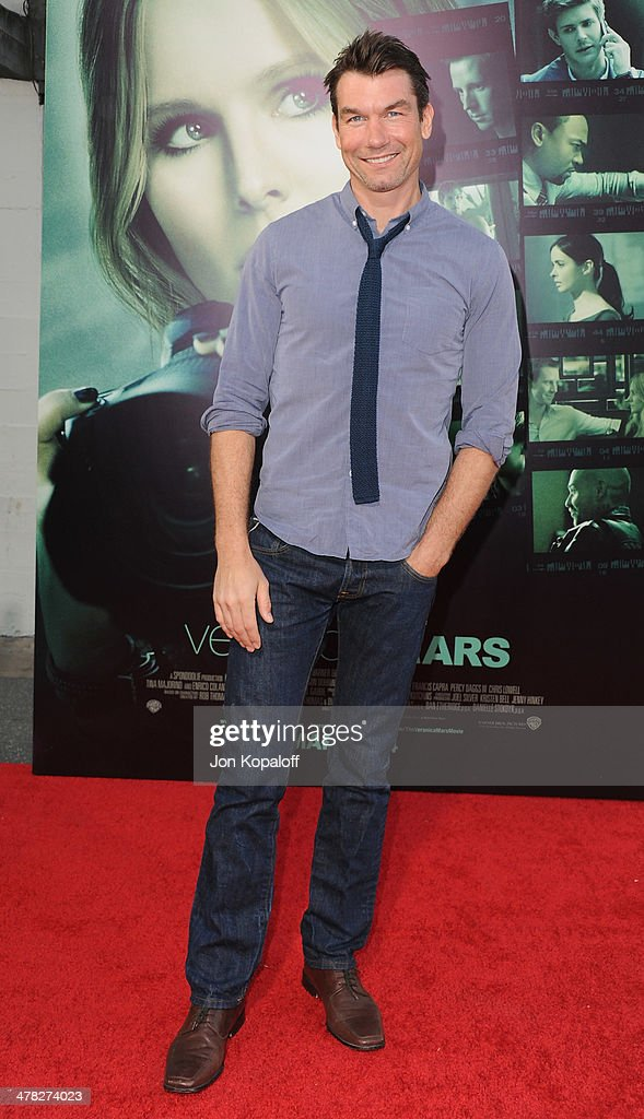 Actor Jerry O'Connell arrives at the Los Angeles premiere 'Veronica Mars' at TCL Chinese Theatre on March 12 2014 in Hollywood California