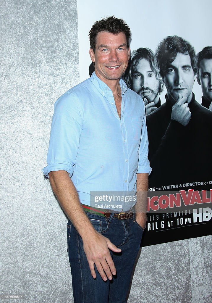Actor Jerry O'Connell attends the premiere of HBO's 'Silicon Valley' at Paramount Studios on April 3, 2014 in Hollywood, California.