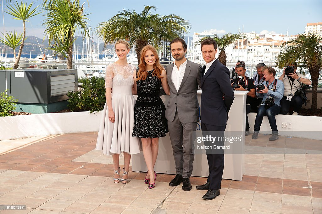 Actor <a gi-track='captionPersonalityLinkClicked' href=/galleries/search?phrase=Jess+Weixler&family=editorial&specificpeople=4117574 ng-click='$event.stopPropagation()'>Jess Weixler</a>, <a gi-track='captionPersonalityLinkClicked' href=/galleries/search?phrase=Jessica+Chastain&family=editorial&specificpeople=653192 ng-click='$event.stopPropagation()'>Jessica Chastain</a>, director/producer <a gi-track='captionPersonalityLinkClicked' href=/galleries/search?phrase=Ned+Benson&family=editorial&specificpeople=2445277 ng-click='$event.stopPropagation()'>Ned Benson</a> and actor <a gi-track='captionPersonalityLinkClicked' href=/galleries/search?phrase=James+McAvoy&family=editorial&specificpeople=647005 ng-click='$event.stopPropagation()'>James McAvoy</a> attend 'The Disappearance of Eleanor Rigby' photocall at the 67th Annual Cannes Film Festival on May 18, 2014 in Cannes, France.