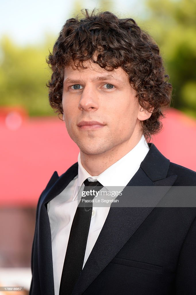 Actor <a gi-track='captionPersonalityLinkClicked' href=/galleries/search?phrase=Jesse+Eisenberg&family=editorial&specificpeople=625439 ng-click='$event.stopPropagation()'>Jesse Eisenberg</a> attends 'Night Moves' Premiere during the 70th Venice International Film Festival at the Palazzo del Cinema on August 31, 2013 in Venice, Italy.