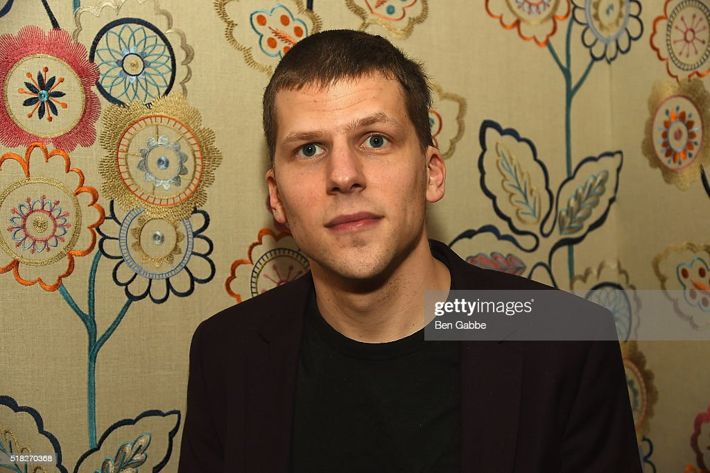 Actor <a gi-track='captionPersonalityLinkClicked' href=/galleries/search?phrase=Jesse+Eisenberg&family=editorial&specificpeople=625439 ng-click='$event.stopPropagation()'>Jesse Eisenberg</a> attends the 'Louder Than Bombs' New York Premiere on March 30, 2016 in New York City.
