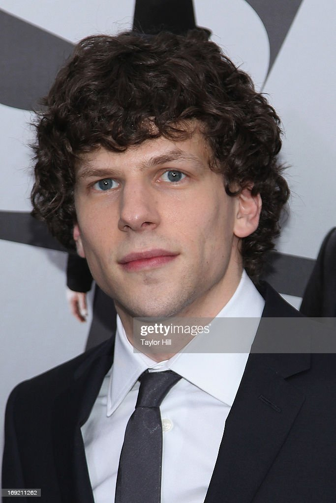 Actor <a gi-track='captionPersonalityLinkClicked' href=/galleries/search?phrase=Jesse+Eisenberg&family=editorial&specificpeople=625439 ng-click='$event.stopPropagation()'>Jesse Eisenberg</a> attends the 'Now You See Me' premiere at AMC Lincoln Square Theater on May 21, 2013 in New York City.