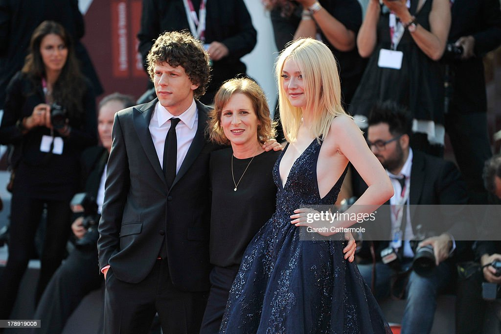 Actor <a gi-track='captionPersonalityLinkClicked' href=/galleries/search?phrase=Jesse+Eisenberg&family=editorial&specificpeople=625439 ng-click='$event.stopPropagation()'>Jesse Eisenberg</a>, director <a gi-track='captionPersonalityLinkClicked' href=/galleries/search?phrase=Kelly+Reichardt&family=editorial&specificpeople=3978109 ng-click='$event.stopPropagation()'>Kelly Reichardt</a> and actress <a gi-track='captionPersonalityLinkClicked' href=/galleries/search?phrase=Dakota+Fanning&family=editorial&specificpeople=203236 ng-click='$event.stopPropagation()'>Dakota Fanning</a> attend 'Night Moves' Premiere during the 70th Venice International Film Festival at the Palazzo del Cinema on August 31, 2013 in Venice, Italy.
