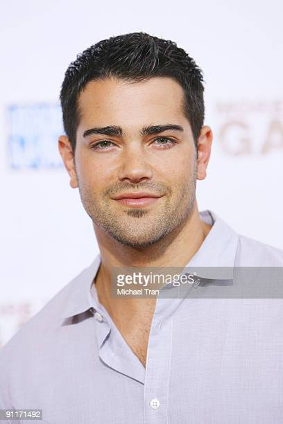 Actor Jesse Metcalfe arrives to the Los Angeles premiere of 'More Than A Game' held at Pacific Theaters at the Grove on September 26 2009 in Los...