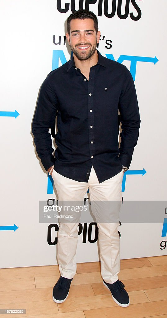 Actor <a gi-track='captionPersonalityLinkClicked' href=/galleries/search?phrase=Jesse+Metcalfe&family=editorial&specificpeople=208805 ng-click='$event.stopPropagation()'>Jesse Metcalfe</a> attends 1st Annual UNICEF NextGen LA Photo Benefit at SkyBar at the Mondrian Los Angeles on May 1, 2014 in West Hollywood, California.