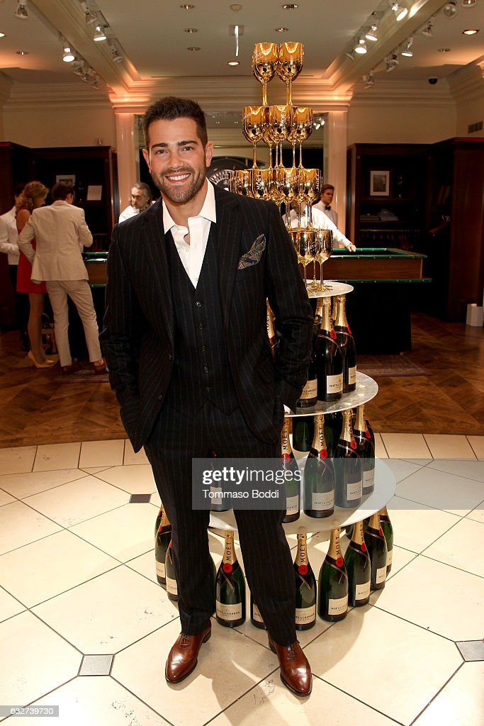 Actor Jesse Metcalfe attends 'Le Casino' night hosted by Brooks Brothers in Beverly Hills to benefit UCLA Jonsson Cancer Center Foundation at Brooks Brothers Rodeo on January 25, 2017 in Beverly Hills, California.