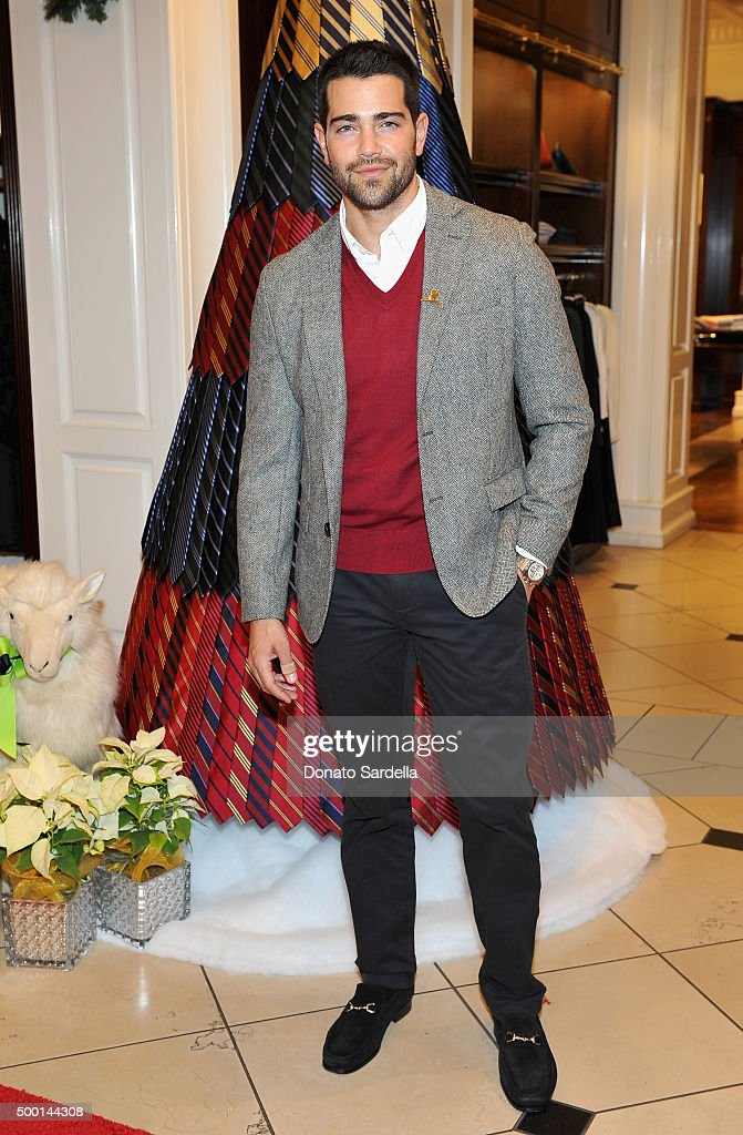 Actor Jesse Metcalfe attends the Brooks Brothers holiday party with St Jude Children's Research Hospital at Brooks Brothers on Rodeo Drive on December 5, 2015 in Beverly Hills, California.