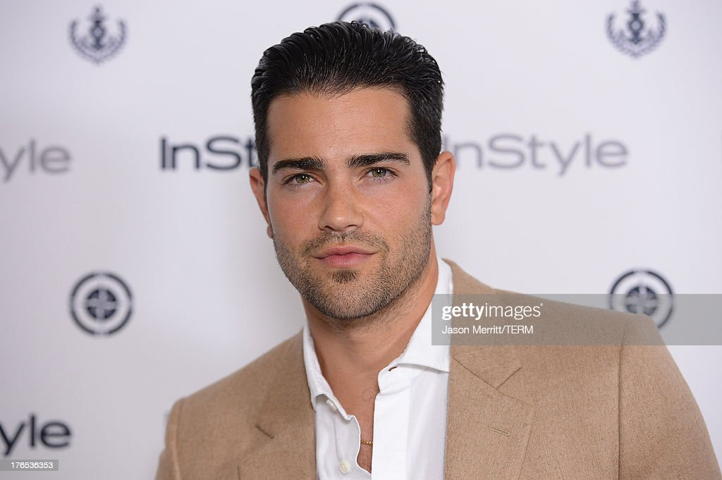 Actor <a gi-track='captionPersonalityLinkClicked' href=/galleries/search?phrase=Jesse+Metcalfe&family=editorial&specificpeople=208805 ng-click='$event.stopPropagation()'>Jesse Metcalfe</a> attends the InStyle Summer Soiree held Poolside at the Mondrian hotel on August 14, 2013 in West Hollywood, California.