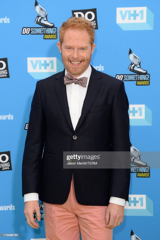 Actor <a gi-track='captionPersonalityLinkClicked' href=/galleries/search?phrase=Jesse+Tyler+Ferguson&family=editorial&specificpeople=633114 ng-click='$event.stopPropagation()'>Jesse Tyler Ferguson</a> arrives at the DoSomething.org and VH1's 2013 Do Something Awards at Avalon on July 31, 2013 in Hollywood, California.