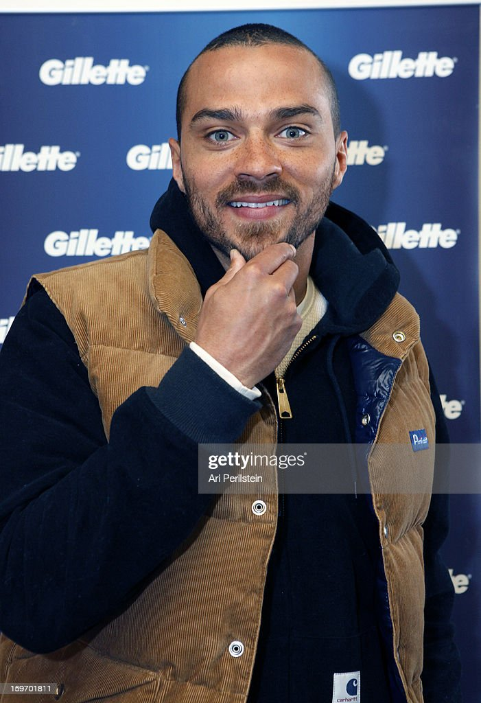 Actor <a gi-track='captionPersonalityLinkClicked' href=/galleries/search?phrase=Jesse+Williams+-+Schauspieler&family=editorial&specificpeople=7189838 ng-click='$event.stopPropagation()'>Jesse Williams</a> attends Day 1 of Gillette Ask Couples at Sundance to 'Kiss & Tell' if They Prefer Stubble or Smooth Shaven on January 18, 2013 in Park City, Utah.