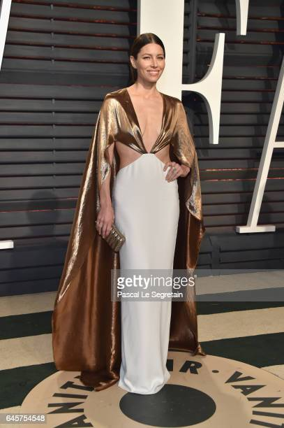 Actor Jessica Biel attends the 2017 Vanity Fair Oscar Party hosted by Graydon Carter at Wallis Annenberg Center for the Performing Arts on February...