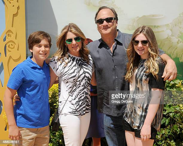 Actor Jim Belushi wife Jennifer Sloan and kids arrive at the Los Angeles premiere of 'Legends Of OZ Dorothy's Return' at Regency Village Theatre on...
