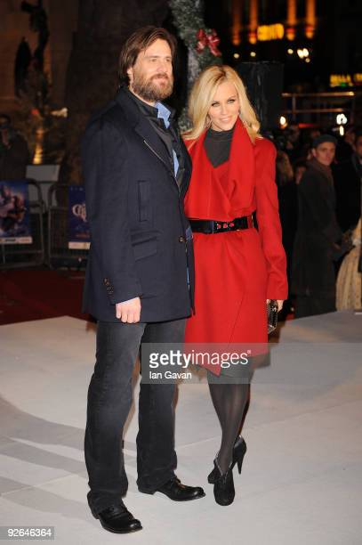 Actor Jim Carrey and Jenny McCarthy arrive for the World Film Premiere of Disney's 'A Christmas Carol' at the Odeon Leicester Square on November 3...
