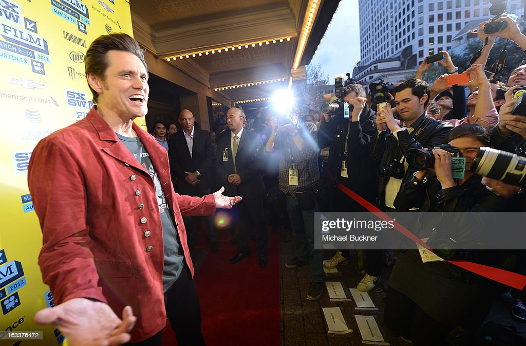 Actor <a gi-track='captionPersonalityLinkClicked' href=/galleries/search?phrase=Jim+Carrey&family=editorial&specificpeople=171515 ng-click='$event.stopPropagation()'>Jim Carrey</a> arrives at the screening of 'The Incredible Burt Wonderstone' during the 2013 SXSW Music, Film + Interactive Festival at the Paramount Theatre on March 8, 2013 in Austin, Texas.