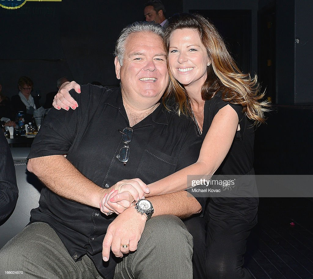 Actor <a gi-track='captionPersonalityLinkClicked' href=/galleries/search?phrase=Jim+O%27Heir&family=editorial&specificpeople=6317232 ng-click='$event.stopPropagation()'>Jim O'Heir</a> (L) and actress Mo Collins attend the Tuberous Sclerosis Alliance Comedy For A Cure 2013 at Lure on April 7, 2013 in Hollywood, California.