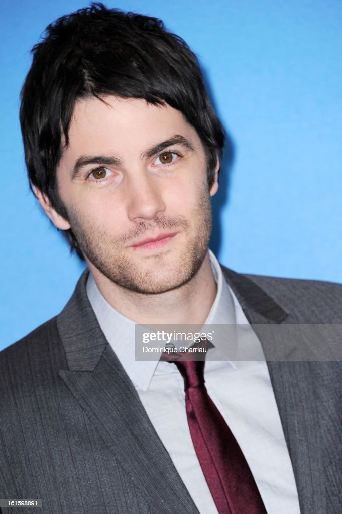 Actor <a gi-track='captionPersonalityLinkClicked' href=/galleries/search?phrase=Jim+Sturgess&family=editorial&specificpeople=4489740 ng-click='$event.stopPropagation()'>Jim Sturgess</a> attends 'The Best Offer' Photocall during the 63rd Berlinale International Film Festival at the Grand Hyatt Hotel on February 12, 2013 in Berlin, Germany.