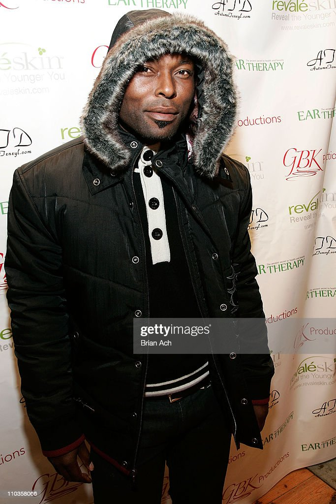 Actor Jimmy JeanLouis wearing House of Dereon attends the Revaleskin Rejuvenation Lounge at the Phoenix Gallery on January 19 2008 in Park City Utah