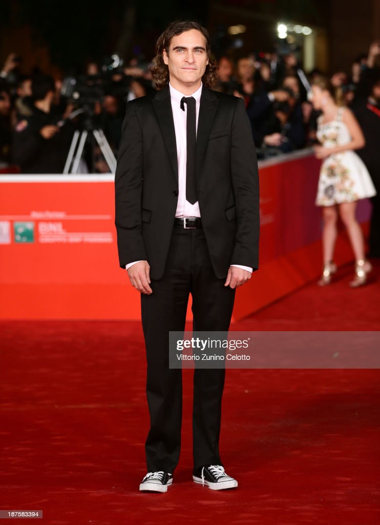 Actor <a gi-track='captionPersonalityLinkClicked' href=/galleries/search?phrase=Joaquin+Phoenix&family=editorial&specificpeople=215391 ng-click='$event.stopPropagation()'>Joaquin Phoenix</a> attends 'Her' Premiere during The 8th Rome Film Festival at Auditorium Parco Della Musica on November 10, 2013 in Rome, Italy.