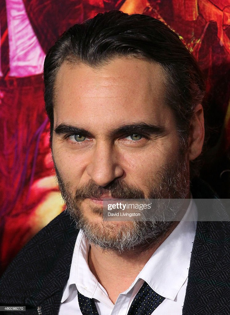Actor <a gi-track='captionPersonalityLinkClicked' href=/galleries/search?phrase=Joaquin+Phoenix&family=editorial&specificpeople=215391 ng-click='$event.stopPropagation()'>Joaquin Phoenix</a> attends the pemiere of Warner Bros. Pictures' 'Inherent Vice' at the TCL Chinese Theatre on December 10, 2014 in Hollywood, California.