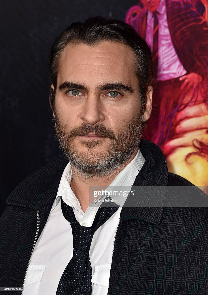 Actor <a gi-track='captionPersonalityLinkClicked' href=/galleries/search?phrase=Joaquin+Phoenix&family=editorial&specificpeople=215391 ng-click='$event.stopPropagation()'>Joaquin Phoenix</a> attends the premiere of Warner Bros. Pictures' 'Inherent Vice' at TCL Chinese Theatre on December 10, 2014 in Hollywood, California.