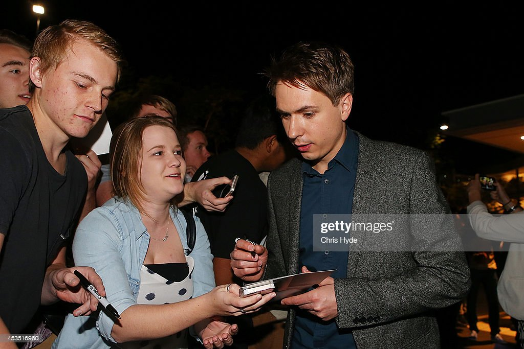 Actor Joe Thomas poses with a fans at the Queensland Premier of The Inbetweeners 2 at Event Cinemas, Robina on August 12, 2014 in Gold Coast, Australia. The Inbetweeners 2 will be released on 21 August 2014.