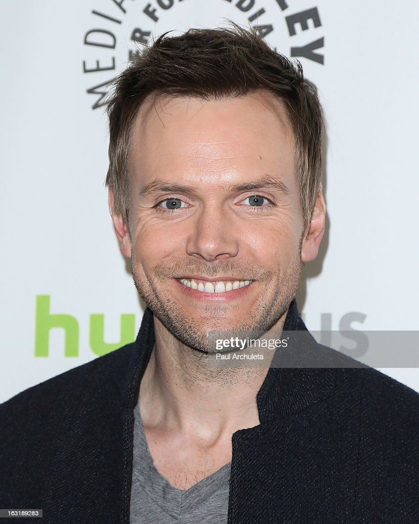 Actor <a gi-track='captionPersonalityLinkClicked' href=/galleries/search?phrase=Joel+McHale&family=editorial&specificpeople=754384 ng-click='$event.stopPropagation()'>Joel McHale</a> attends the 30th annual PaleyFest featuring the cast of 'Community' at the Saban Theatre on March 5, 2013 in Beverly Hills, California.