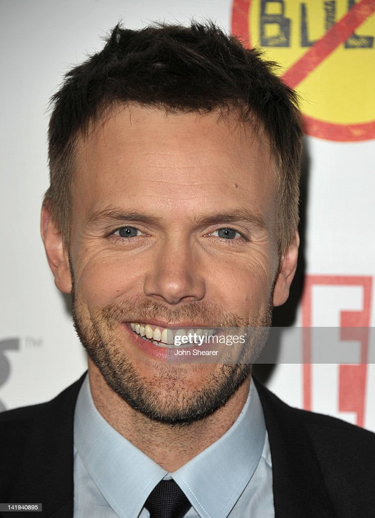 Actor <a gi-track='captionPersonalityLinkClicked' href=/galleries/search?phrase=Joel+McHale&family=editorial&specificpeople=754384 ng-click='$event.stopPropagation()'>Joel McHale</a> attends the 'Bully' Los Angeles Premiere at Mann Chinese 6 on March 26, 2012 in Los Angeles, California.