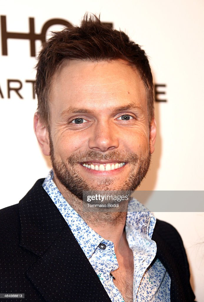 Actor <a gi-track='captionPersonalityLinkClicked' href=/galleries/search?phrase=Joel+McHale&family=editorial&specificpeople=754384 ng-click='$event.stopPropagation()'>Joel McHale</a> attends the ELLE Women In Television Celebration held at the Sunset Tower on January 22, 2014 in West Hollywood, California.