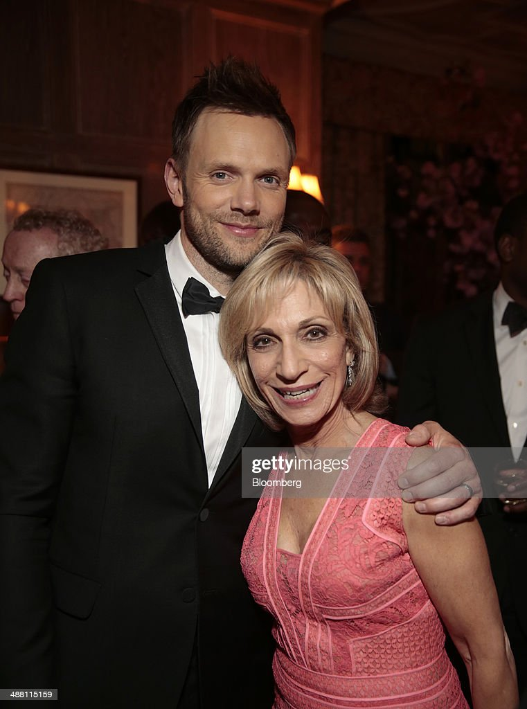 Actor <a gi-track='captionPersonalityLinkClicked' href=/galleries/search?phrase=Joel+McHale&family=editorial&specificpeople=754384 ng-click='$event.stopPropagation()'>Joel McHale</a>, left, and television news anchor <a gi-track='captionPersonalityLinkClicked' href=/galleries/search?phrase=Andrea+Mitchell&family=editorial&specificpeople=751479 ng-click='$event.stopPropagation()'>Andrea Mitchell</a> attend the Bloomberg Vanity Fair White House Correspondents' Association (WHCA) dinner afterparty in Washington, D.C., U.S., on Saturday, May 3, 2014. The WHCA, celebrating its 100th anniversary, raises money for scholarships and honors the recipients of the organization's journalism awards. Photographer: Andrew Harrer/Bloomberg via Getty Images