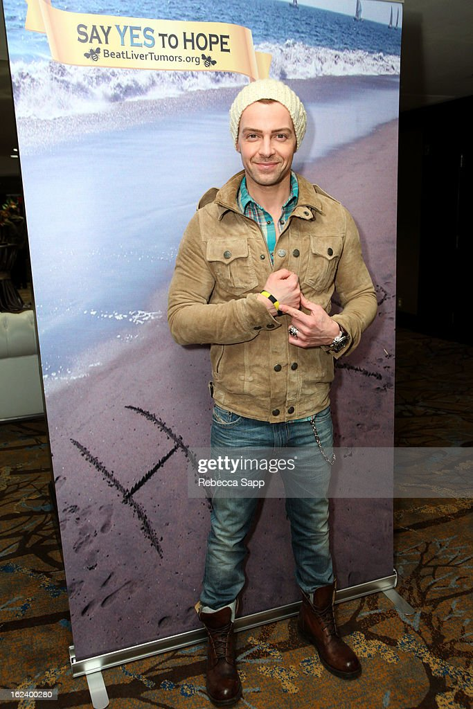 Actor <a gi-track='captionPersonalityLinkClicked' href=/galleries/search?phrase=Joey+Lawrence&family=editorial&specificpeople=1521741 ng-click='$event.stopPropagation()'>Joey Lawrence</a> at GBK's Oscars Gift Lounge 2013 - Day 1 at Sofitel Hotel on February 22, 2013 in Los Angeles, California.