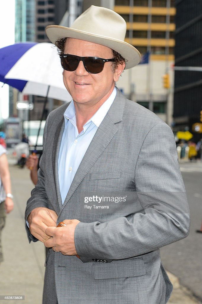 Actor <a gi-track='captionPersonalityLinkClicked' href=/galleries/search?phrase=John+C.+Reilly&family=editorial&specificpeople=210786 ng-click='$event.stopPropagation()'>John C. Reilly</a> enters the 'Late Show With David Letterman' taping at the Ed Sullivan Theater on July 29, 2014 in New York City.