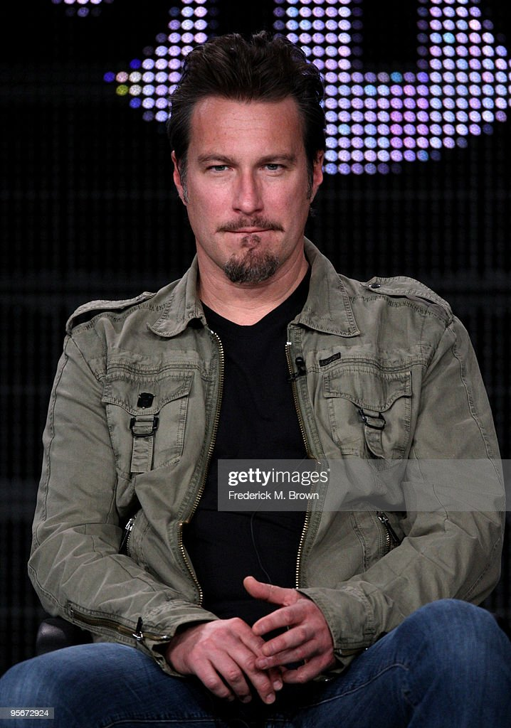 Actor <a gi-track='captionPersonalityLinkClicked' href=/galleries/search?phrase=John+Corbett&family=editorial&specificpeople=221714 ng-click='$event.stopPropagation()'>John Corbett</a> speaks onstage at the Showtime 'United States of Tara' Q&A portion of the 2010 Winter TCA Tour day 1 at the Langham Hotel on January 9, 2010 in Pasadena, California.