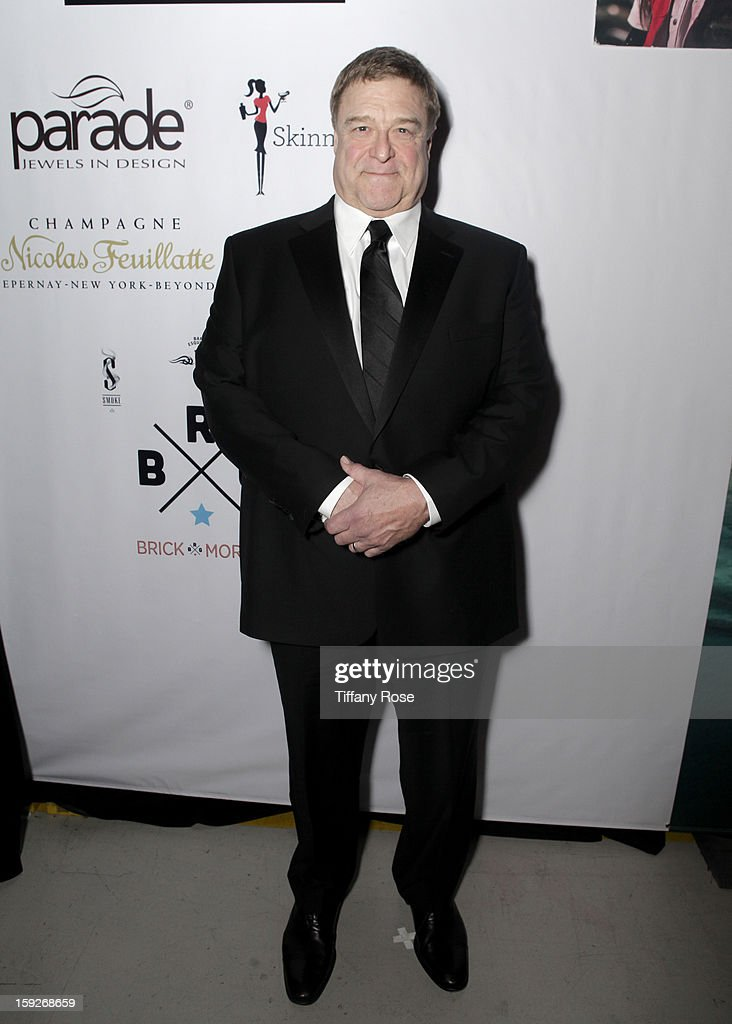 Actor <a gi-track='captionPersonalityLinkClicked' href=/galleries/search?phrase=John+Goodman+-+Actor&family=editorial&specificpeople=207076 ng-click='$event.stopPropagation()'>John Goodman</a> attends the Critics' Choice Movie Awards 2013 with Evian at Barker Hangar on January 10, 2013 in Santa Monica, California.
