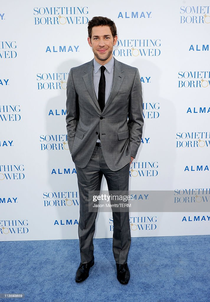 Actor <a gi-track='captionPersonalityLinkClicked' href=/galleries/search?phrase=John+Krasinski&family=editorial&specificpeople=646194 ng-click='$event.stopPropagation()'>John Krasinski</a> arrives at the premiere of Warner Bros. 'Something Borrowed' held at Grauman's Chinese Theatre on May 3, 2011 in Hollywood, California.