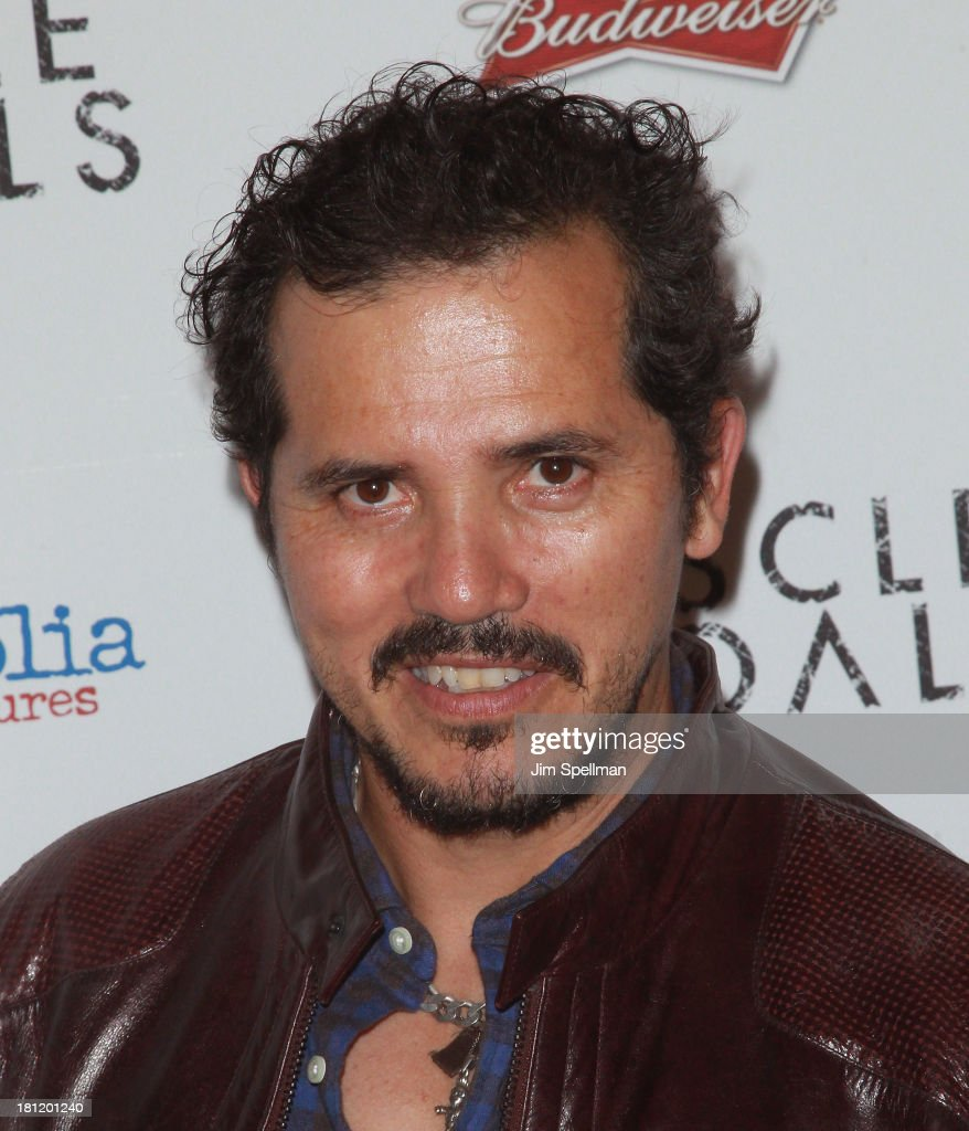 Actor <a gi-track='captionPersonalityLinkClicked' href=/galleries/search?phrase=John+Leguizamo&family=editorial&specificpeople=167163 ng-click='$event.stopPropagation()'>John Leguizamo</a> attends the 'Muscle Shoals' New York Premiere at Landmark's Sunshine Cinema on September 19, 2013 in New York City.