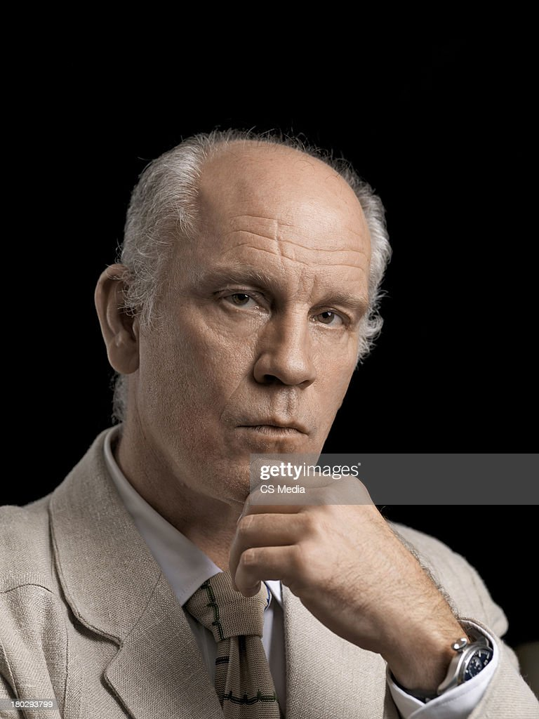 Actor John Malkovich is photographed on September 5, 2009 in Toronto, Ontario. - actor-john-malkovich-is-photographed-on-september-5-2009-in-toronto-picture-id180293799