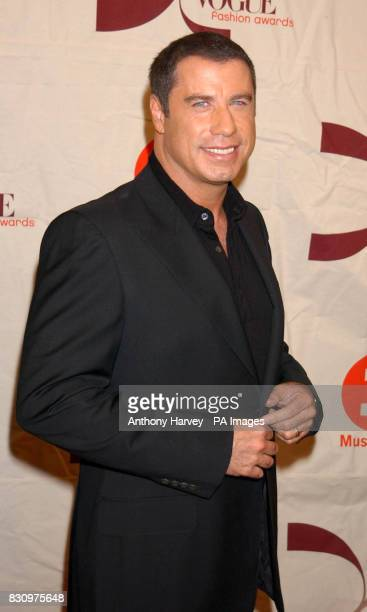 Actor John Travolta arrives for the VH1/Vogue Fashion Awards at Radio City Music Hall in New York USA The annual awards ceremony rewards big names in...