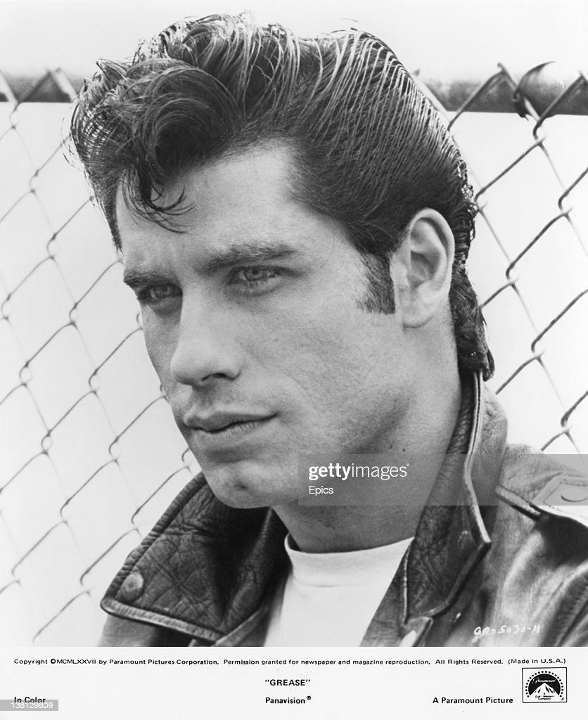 Danny zuko black t shirt - Actor John Travolta As Danny Zuko In The Musical Film Grease